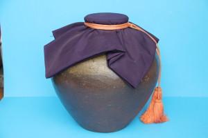 大きな備前の茶壺