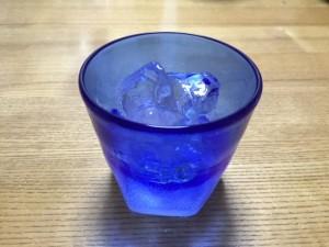 琉球ガラスで飲む芋焼酎