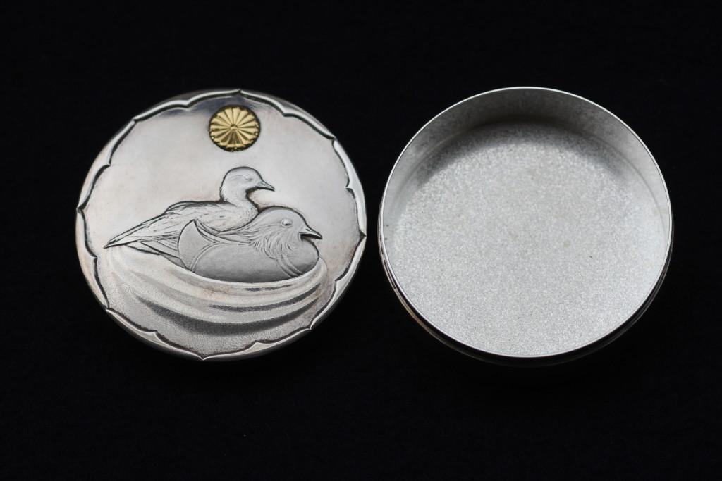 純銀のボンボニエール