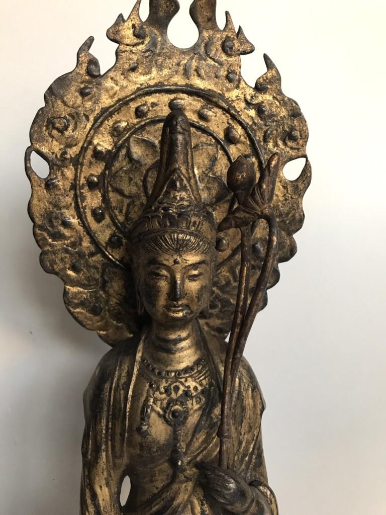 観音菩薩の仏像