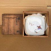十三代柿右衛門の鹿紅葉紋絵皿