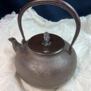 人間国宝「角谷一圭」の鉄瓶